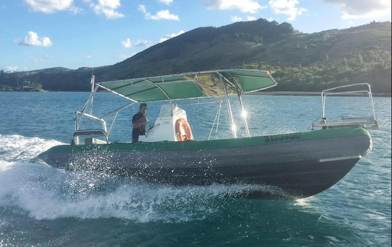 Airlie Beach Boat Hire